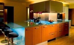 Кухня от стъкло 4