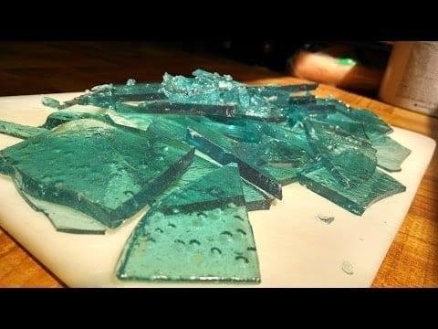 """Какво представлява """"Захарното стъкло"""" и къде се използва"""