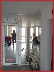 Огледала на стена
